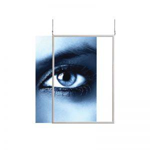 Αφισοθήκη διπλής όψης από αλουμίνιου. Ανάρτηση σε γυάλινες επιφάνειες με 4 βεντουζάκια. Δυνατότητα ανάρτησης από οροφή με συρματόσχοινο.