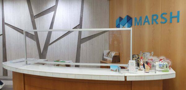 Προστατευτικά Plexiglass γραφείου-ταμείου